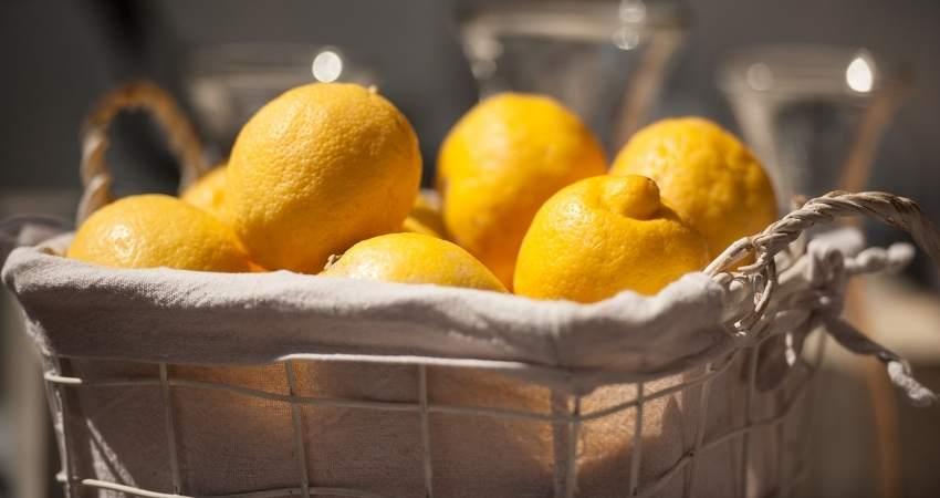 will lemons last longer in the refrigerator